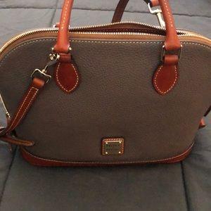 Ladies pebble leather purse